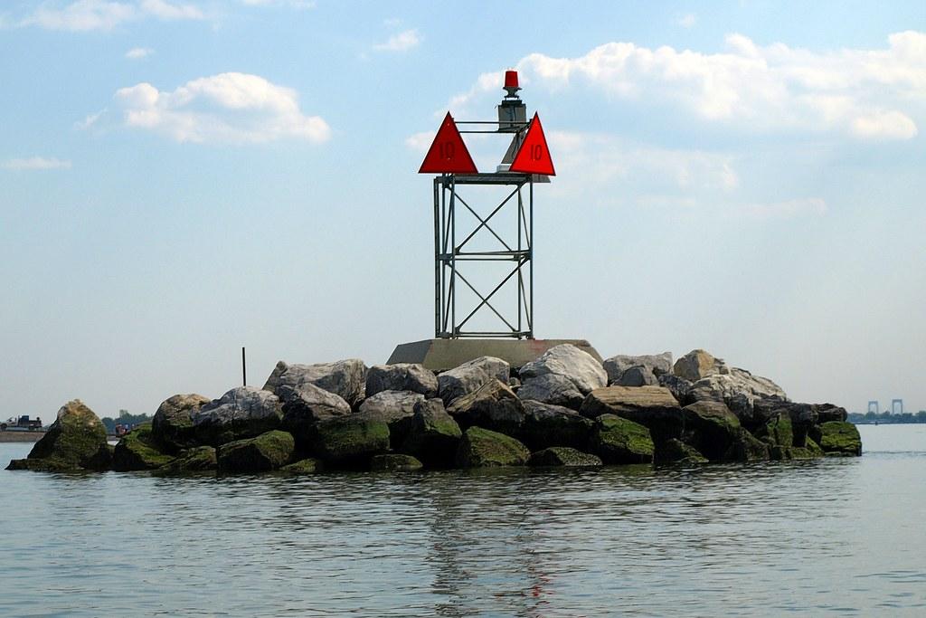 Long Island Sound Buoy B