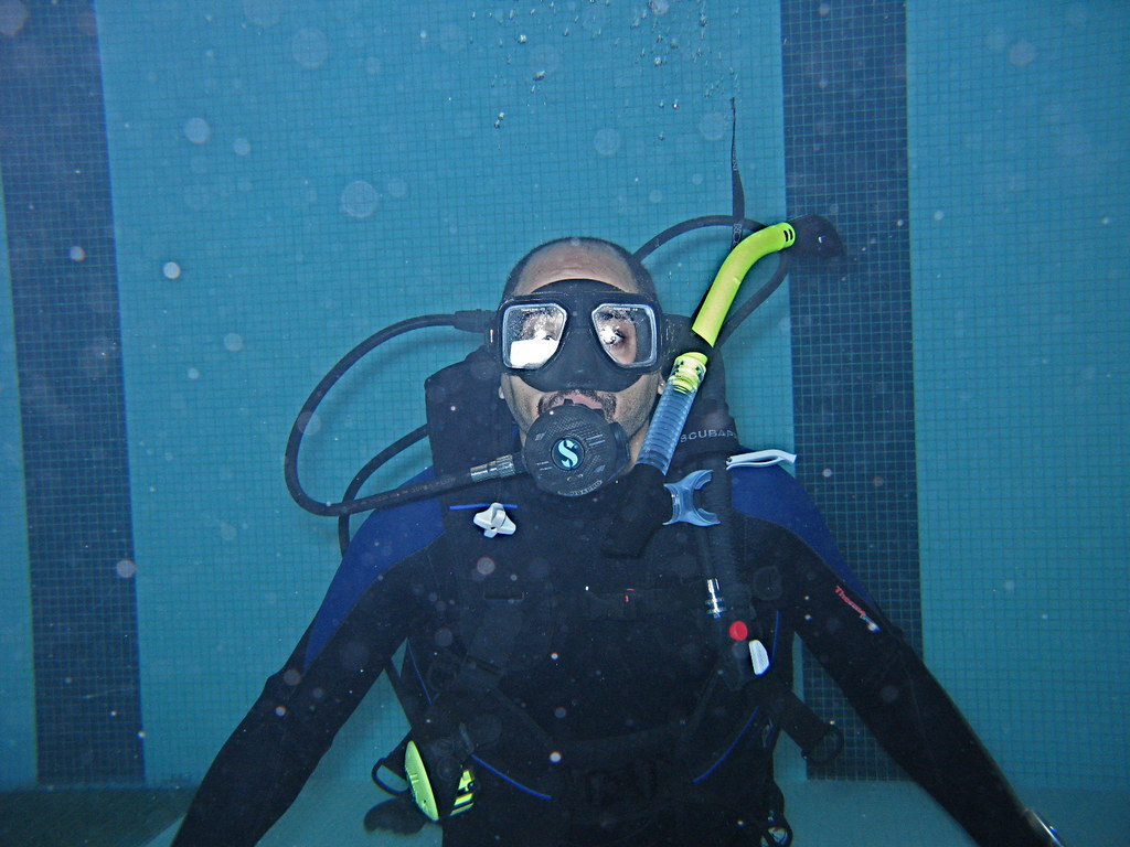 Img 2910 Jpg Me Thanks George Diver 39 S Den Class Of 20 Flickr