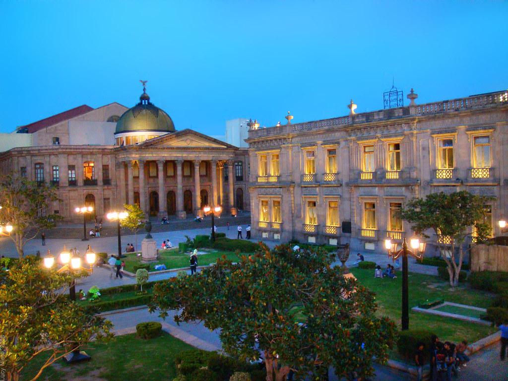 Plaza del Carmen, por la noche
