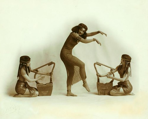 Ruth St. Denis with two unidentified dancers in Egypta. | by New York Public Library