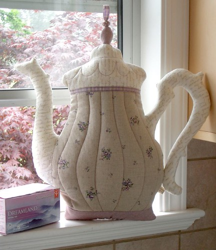 Teapot pillow | by PatchworkPottery