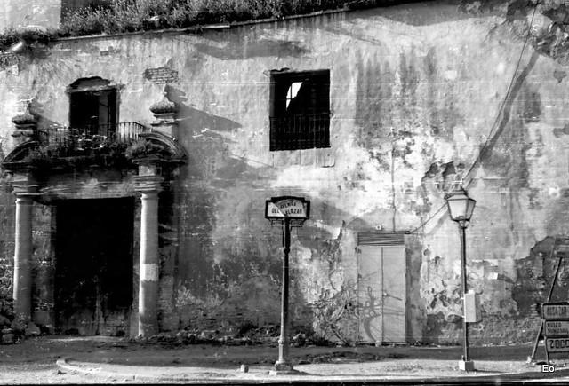 Bn73401 puerta del alcazar de c rdoba antigua c rcel mili for Azulejeria antigua cordoba