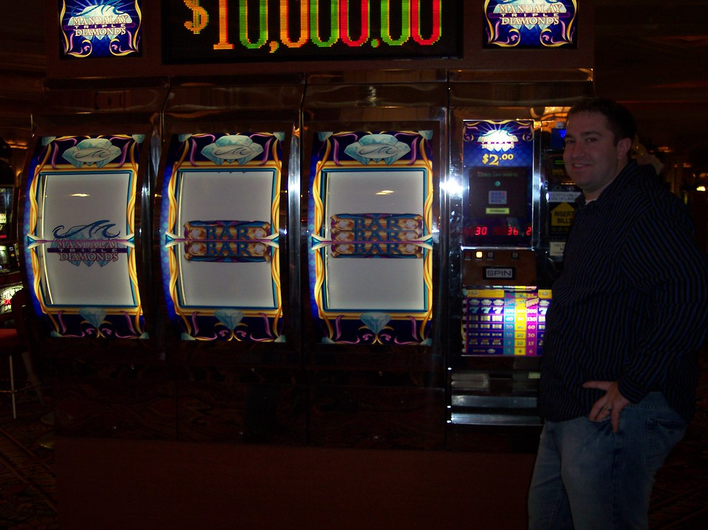 slot machines at mandalay bay