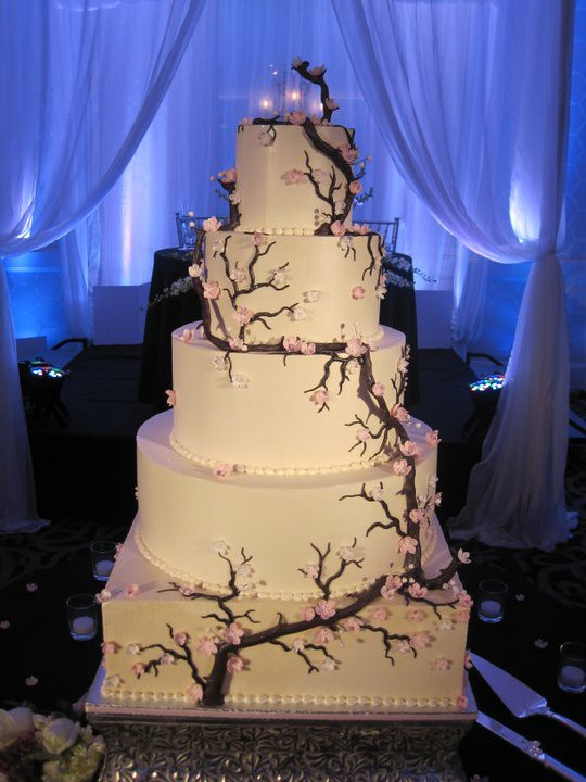 Japanese Wedding Cake Tree