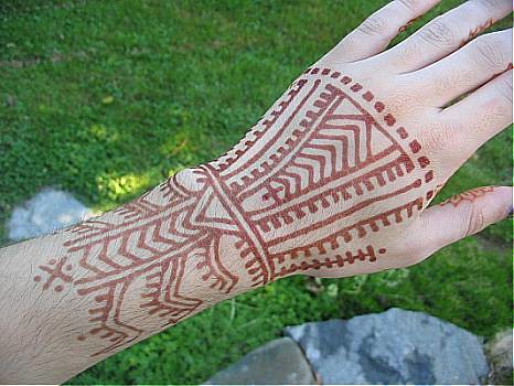 Berber Tattoo Design From A Traditional Berber Hand Tattoo Nic Tharpa Cartier Flickr