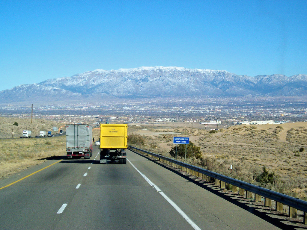 Semi Truck Going Down The Mountain Into Albuquerque Flickr