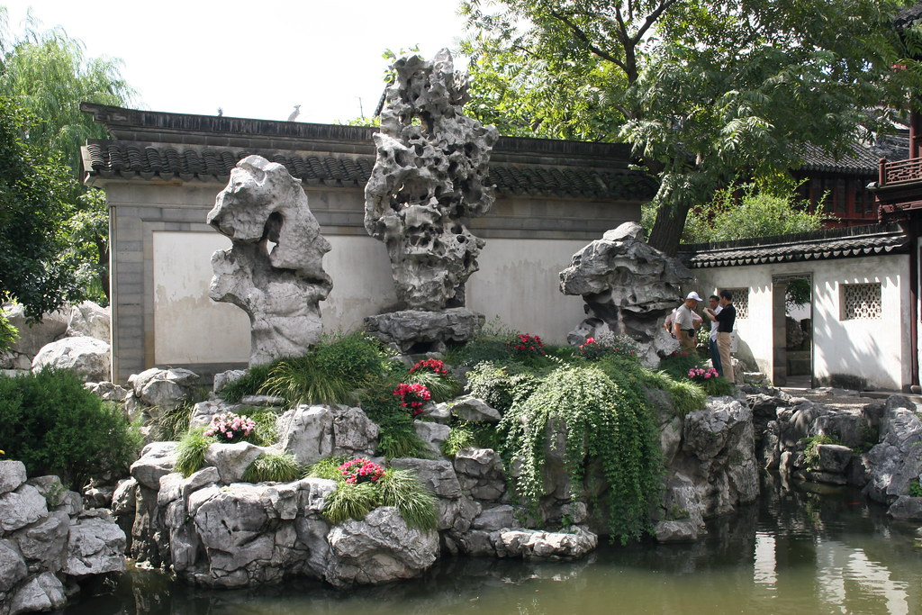 exquisite jade rock  yuyuan garden  shanghai  china  2008