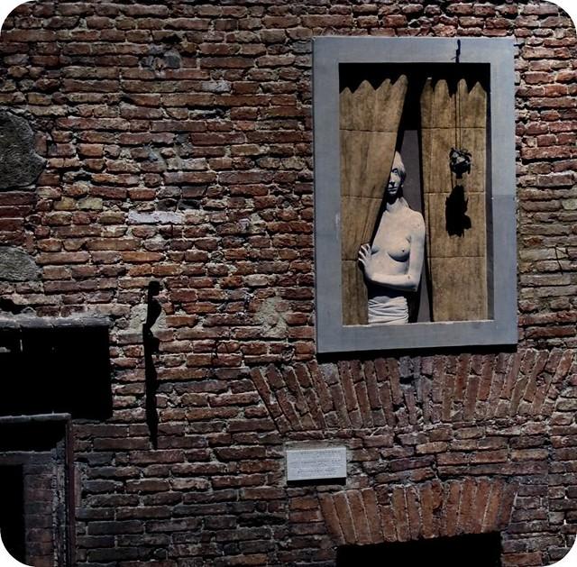 Deh vieni alla finestra deh vieni alla finestra o mio - Affacciati alla finestra amore mio ...