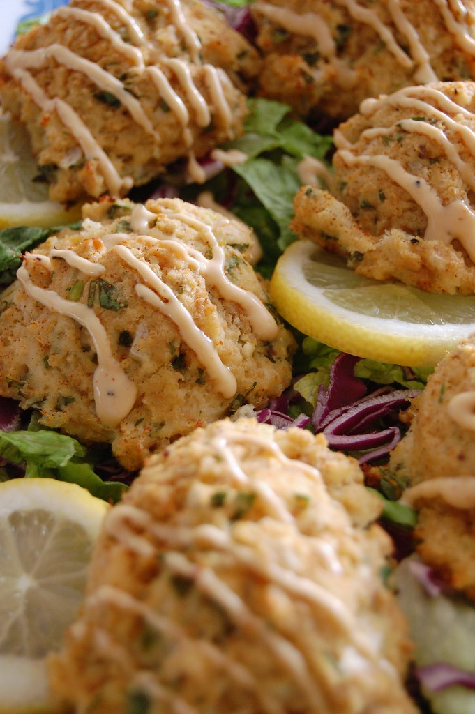 Baked Crab Cakes With Remoulade Sauce
