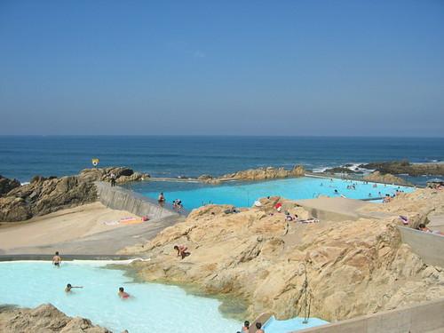 Swimming pool le a da palmeira portugal flickr photo for Piscinas oporto