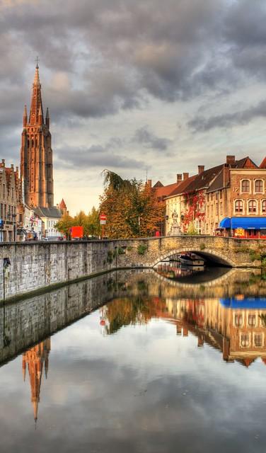 Keukens Goossens Brugge : Toren en gracht Brugge in the morning (hdr) Patrick