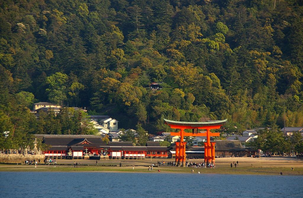 https www.japan-guide.com e e3401.html