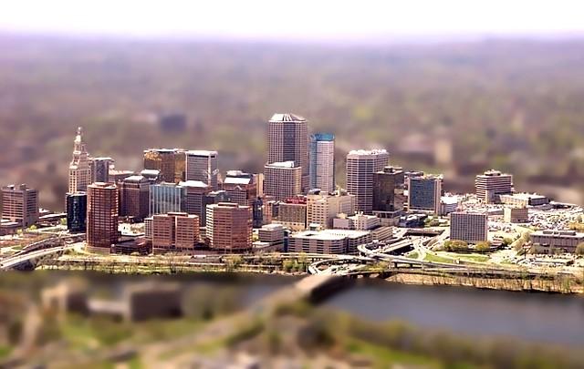 Hartford Skyline (tilt...