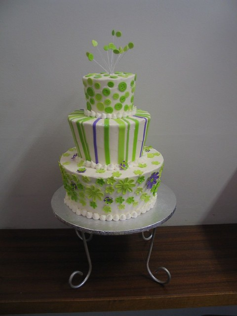 pictures of lime green wedding cakes 3 tier mad hatter wedding cake in lime green amp white with 18409