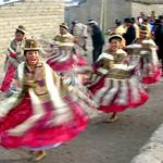 Fiesta en Tahua a orillas del salar de Uyuni