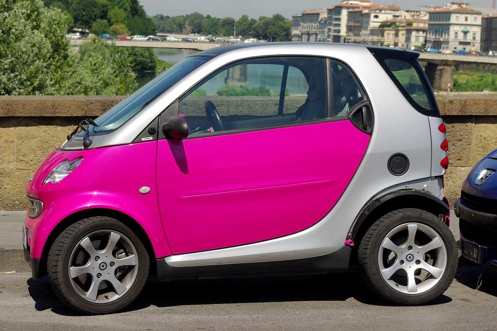 pink smart car florence monkeyhel flickr. Black Bedroom Furniture Sets. Home Design Ideas