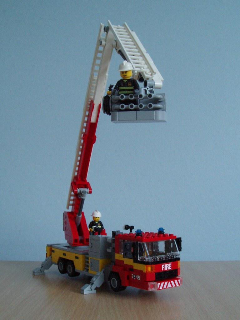 Build A Fire Truck Video