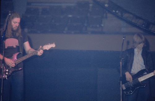 1977 - Pink Floyd - David Gilmour, guitar + Snowy White,bass