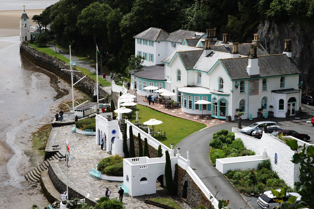 Hotel portmeirion taken from the watch house terrace for Watch terrace house