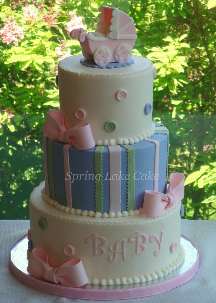 Fondant Cake Ideas For Baby Shower : Buttons and Bows baby shower cake Fondant cake with ...