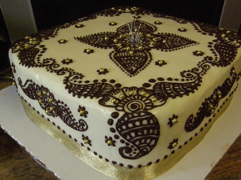 Cake Me Artinya : pranjal cake My second henna design cake, took me about ...