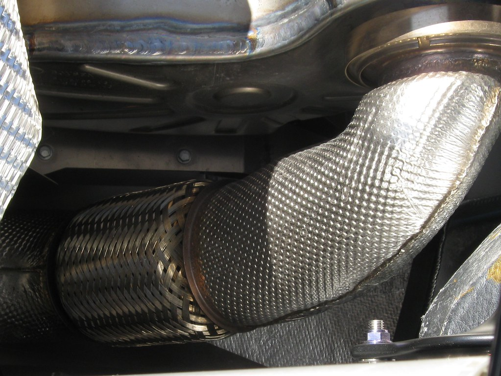 Exhaust Pipe And Insulation Bugatti Veyron Check Out