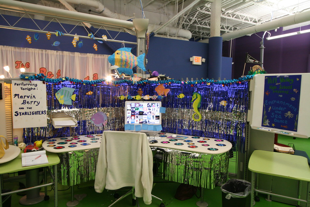 Enchantment under the sea flickr - Magnificent new year office decoration ...