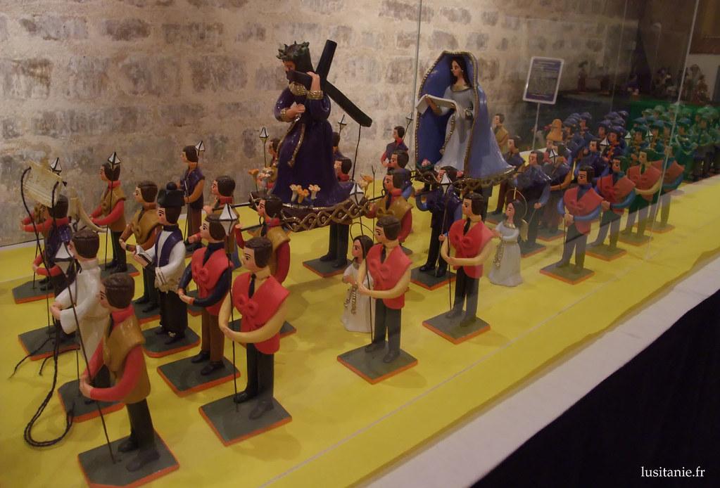 Procession de santons