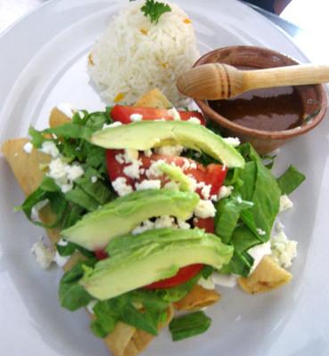 Comala tacos dorados de pollo comala restaurant bar - Tacos mexicanos de pollo ...