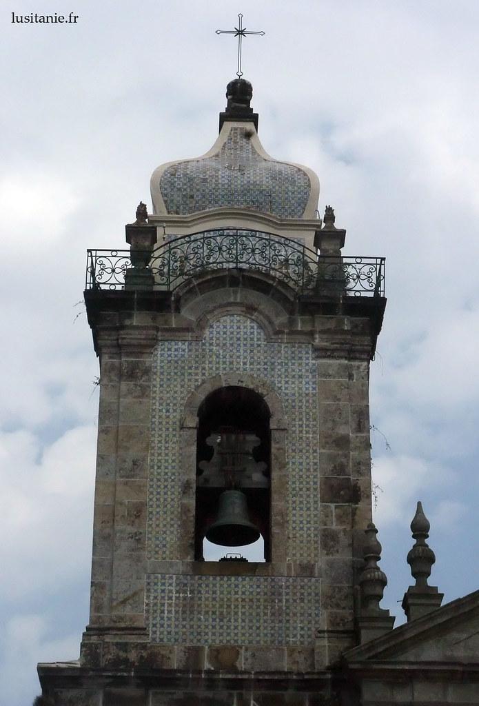 Le clocher et ses azulejos
