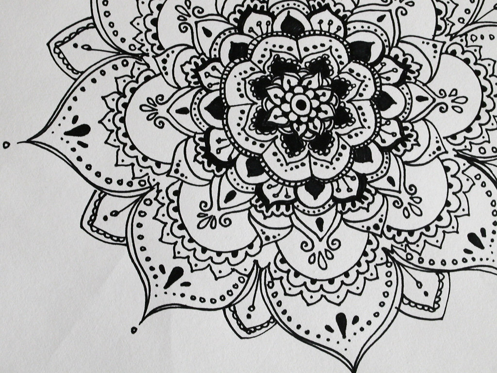All sizes Henna esk flower