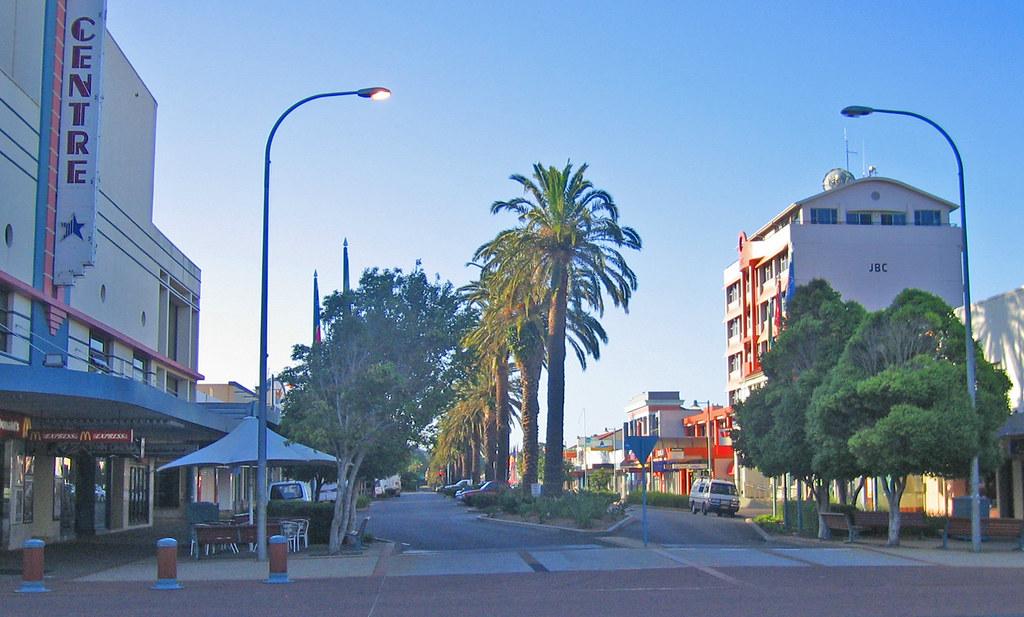 Subarban >> Main street in Port Macquarie | #2-3276 | Tim J Keegan | Flickr