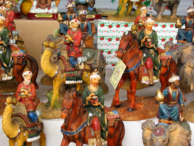 Artesan as navide as en el mercado central de guatemala for Artesanias navidenas
