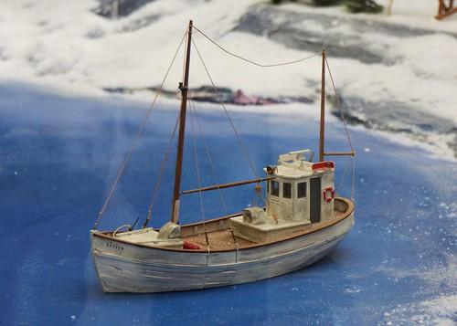 Norwegian fishing boat model fishing boat model of the for Free fishing boats
