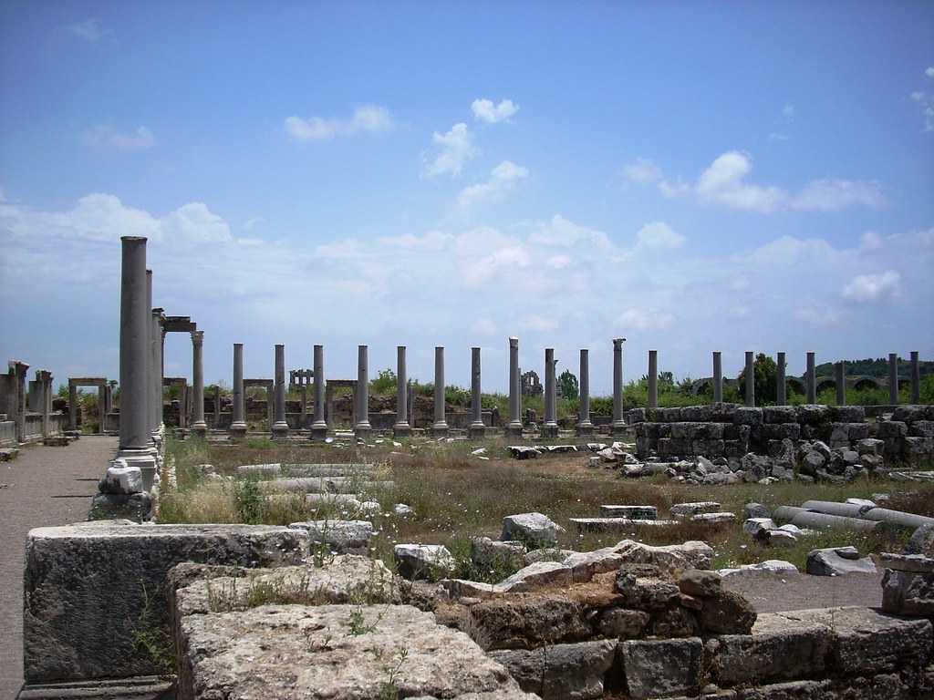 ancient perge turkey perge founded around 1000 bc was