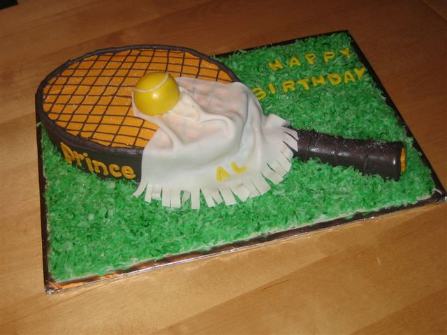 Tennis Racquet Birthday Cake A Tennis Racket Cake For A Te Flickr