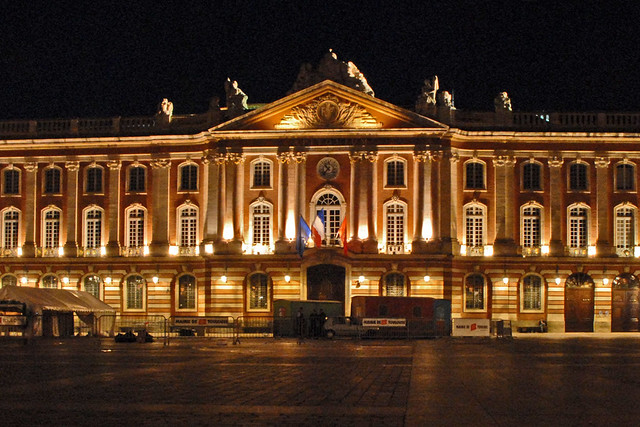 le capitole toulouse le capitole abrite la mairie de tou flickr. Black Bedroom Furniture Sets. Home Design Ideas