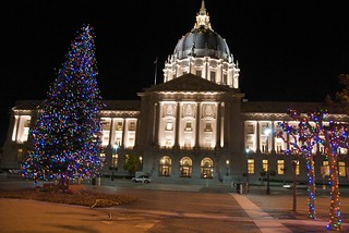 Christmas tree in front of San Francisco City Hall | by Steve Rhodes