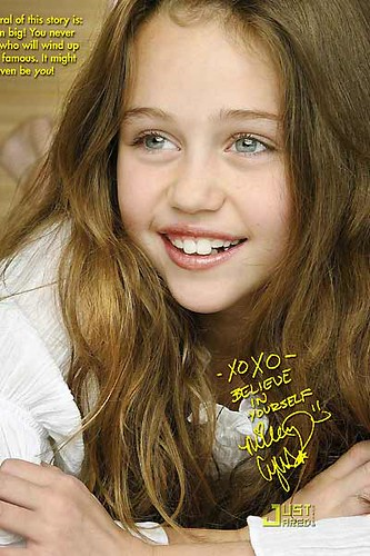 Young Miley Cyrus  So Cute  O  Gabrielladang  Flickr-7414