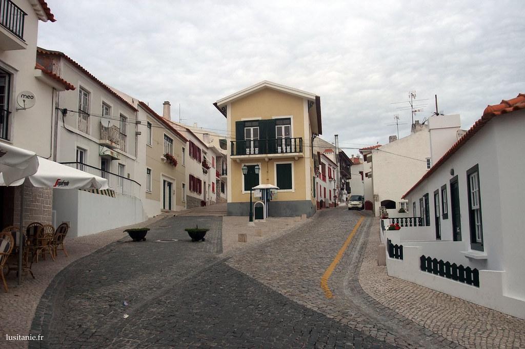 Rues calmes de São Pedro de Moel