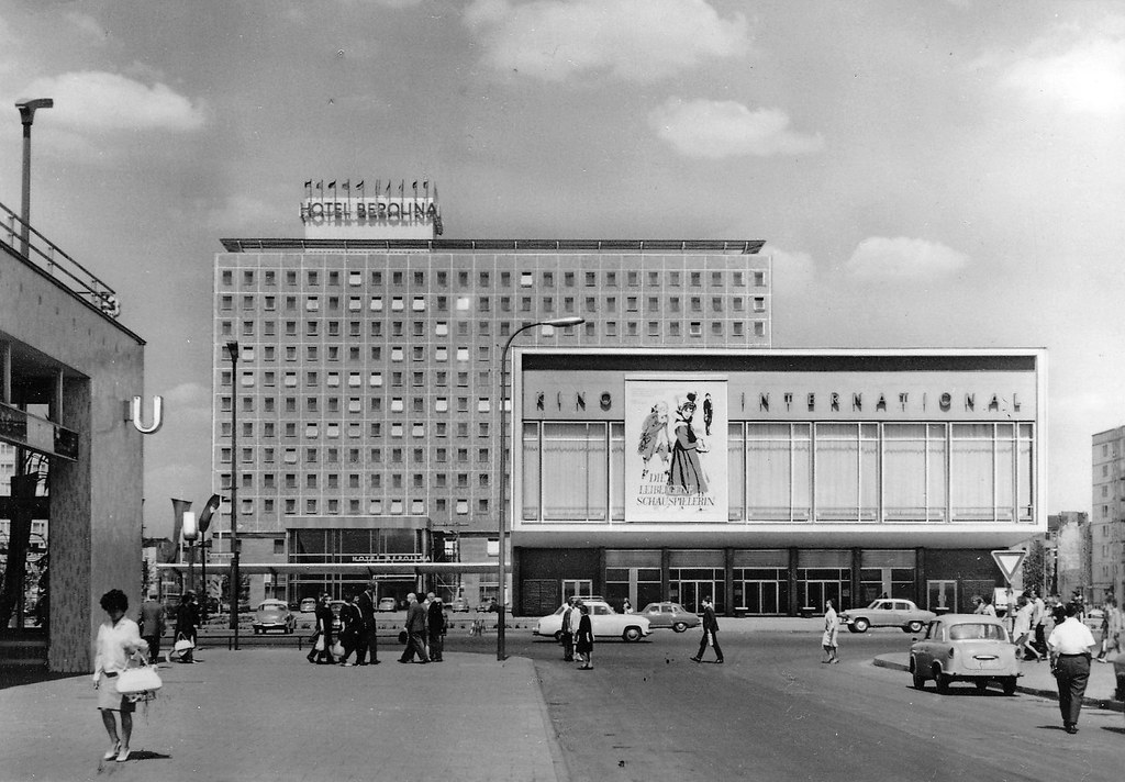 berlin mitte karl marx allee 1964 historische ansichtska flickr. Black Bedroom Furniture Sets. Home Design Ideas