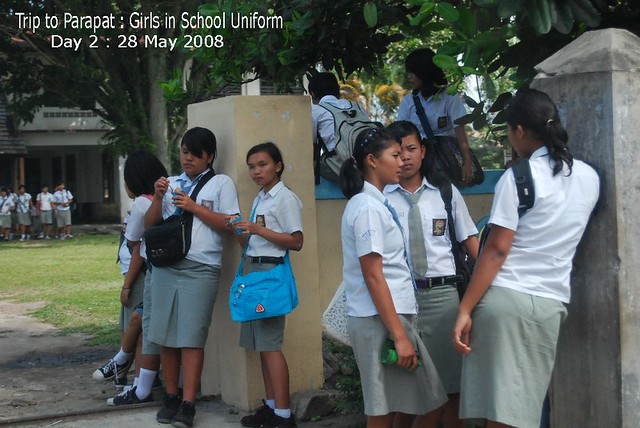 Trip To Parapat  Girls In School Uniform  Welcome Pls C -1457