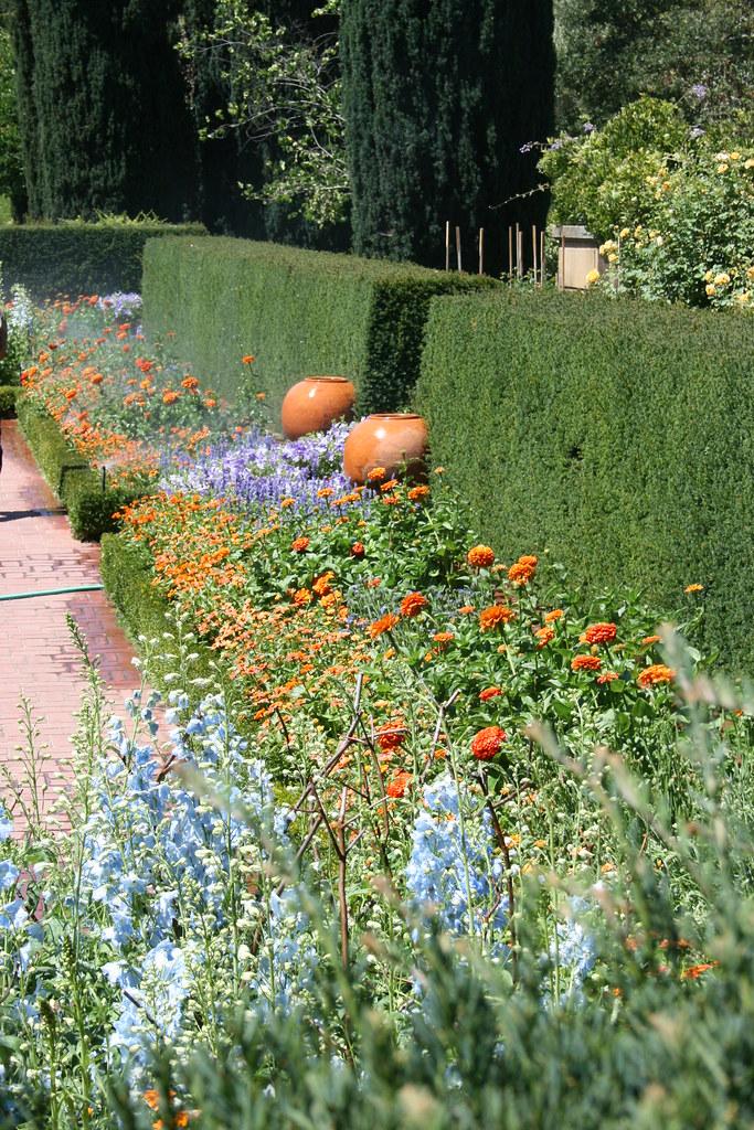 Filoli Gardens Flower Bed Plantings In The Sunken Garden Flickr
