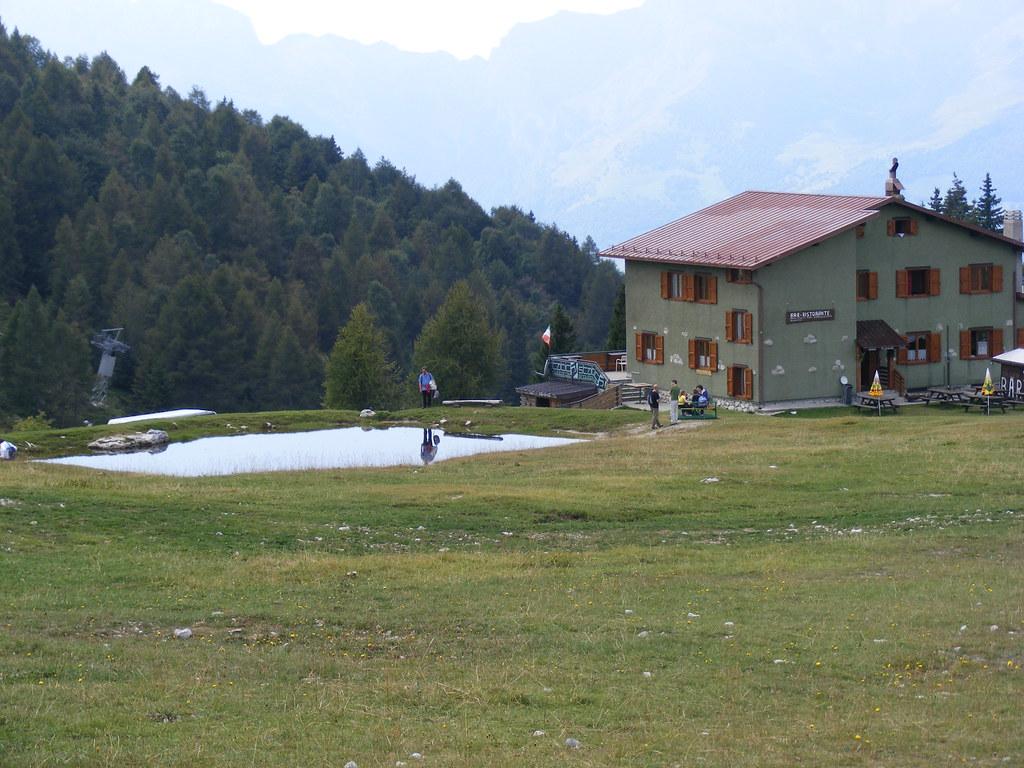 Piani di bobbio rifugio stella alpina renata testa flickr for Piani di energia stella casa