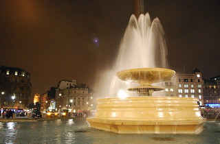 fountain in trafalgar square | by wolfsavard
