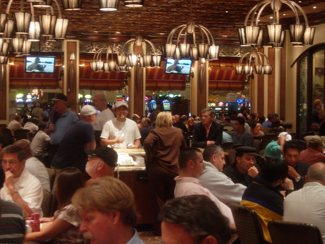 Bellagio Poker Room The Frenzied Action In The Poker Room Flickr