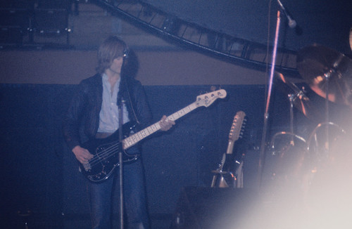 1977 - Pink Floyd - Snowy White second guitar + Bass
