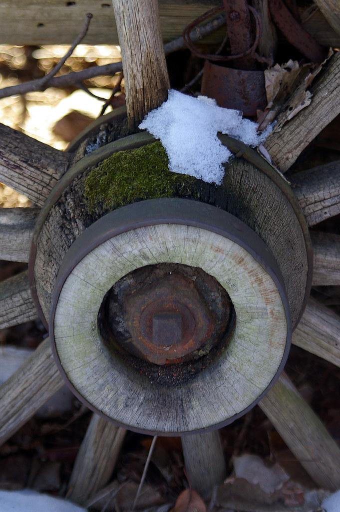 Buggy Wheel Hub : Wagon wheel hub snow and moss the byers homestead in
