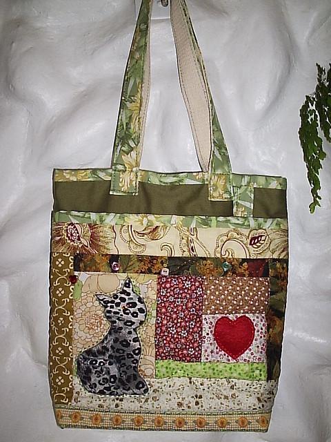 bolsa patchwork verde gato pequena bols o em patchwork com flickr. Black Bedroom Furniture Sets. Home Design Ideas