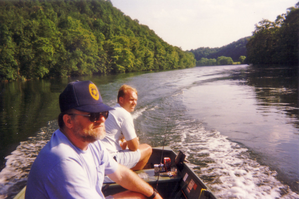 Fishing on the clinch river when norris dam is for Clinch river fishing